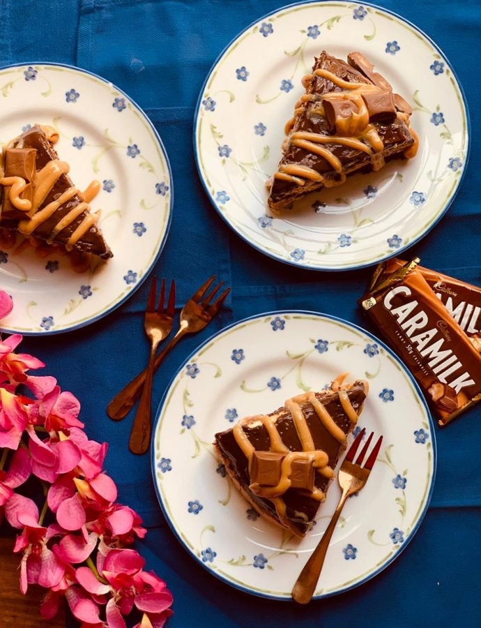 Chocolate and Caramel Biscuit Pudding Cake